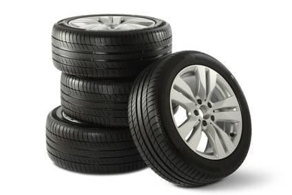 vente de pneus toutes marques pas cher toulouse pi ces auto pas ch res portet sur garonne. Black Bedroom Furniture Sets. Home Design Ideas